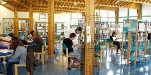 Un aperçu du CDI au lycée de l'ALBANAIS